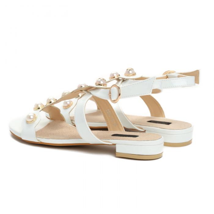 b737965c6137 Dámské bílé sandály Gemma 3093 - Svět shopaholiků.cz