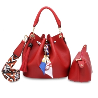 Dámská červená kabelka Tanya 615 84a7d2ae4b