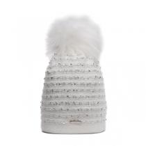 Bílá čepice se stříbrnými flitry