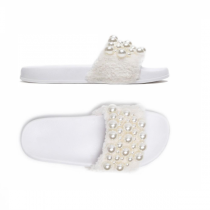 Dámské bílé pantofle Gracia 029