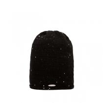 Černá čepice Volan
