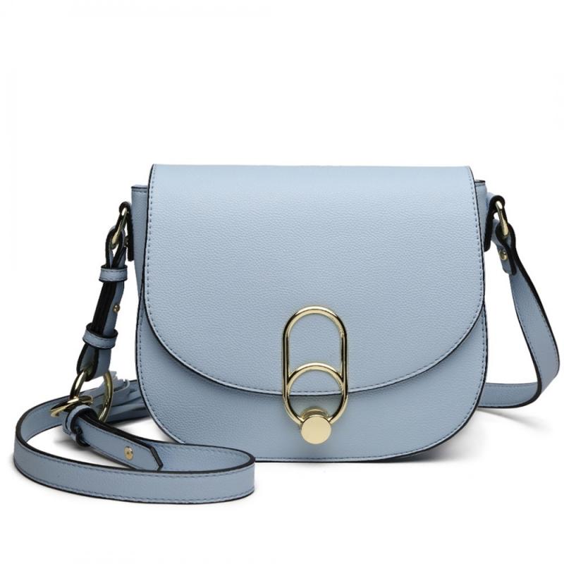 Dámská modrá kabelka Madellin 1831 - Svět shopaholiků.cz 9c5696bc0e9