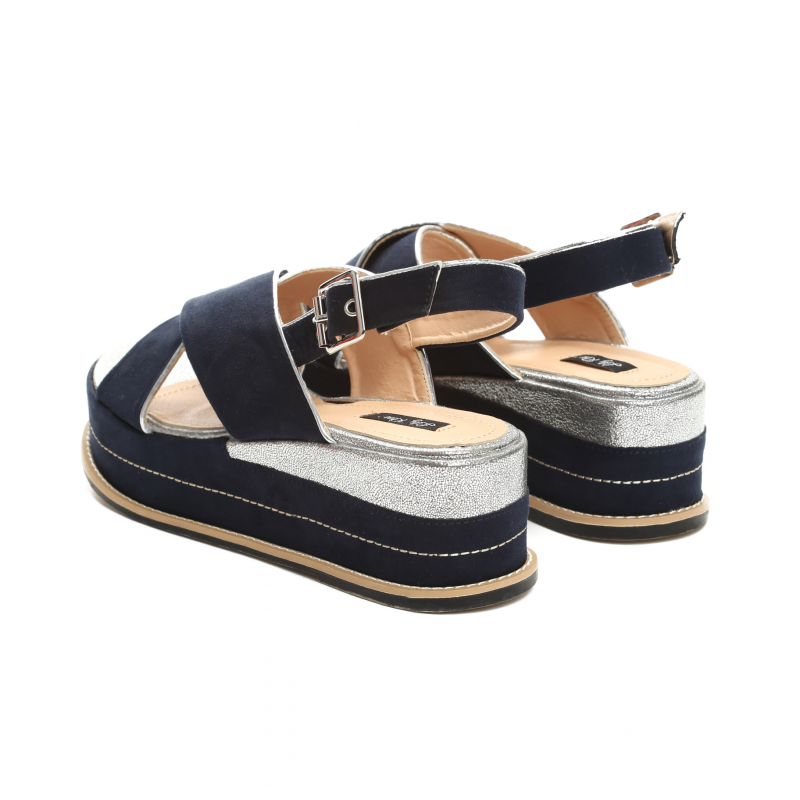 405f9d6d7946 Dámské modré sandály na platformě Silvia 9212 - Svět shopaholiků.cz